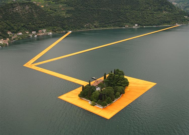 The Floating Piers (Lake Iseo near Brescia, Italy), 2016 - Christo and Jeanne-Claude