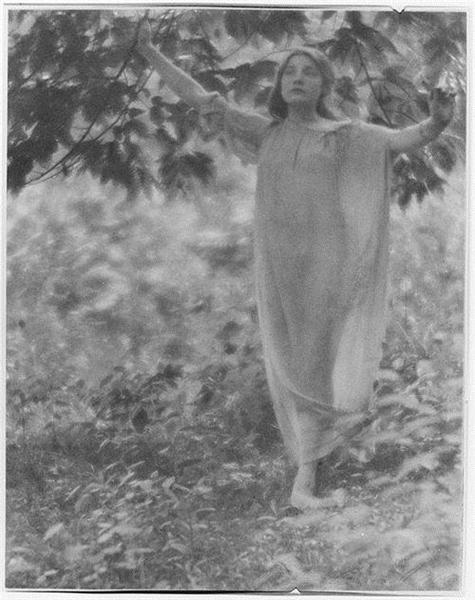A Model, 1907 - Clarence White