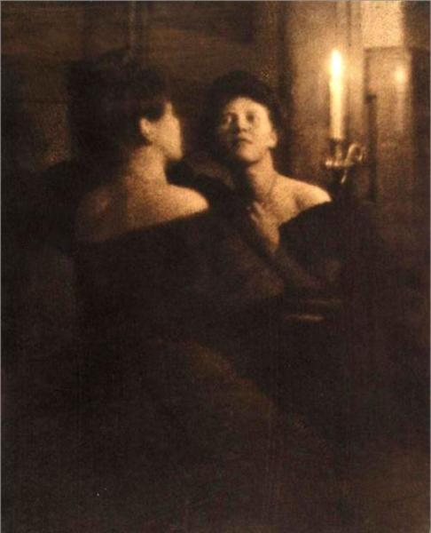 Woman at a Mirror, 1906 - Heinrich Kühn