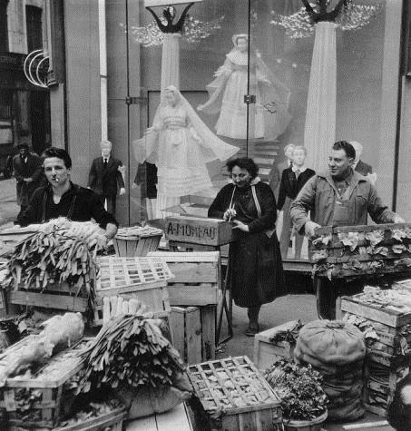 Angels and Leeks, 1953 - Robert Doisneau